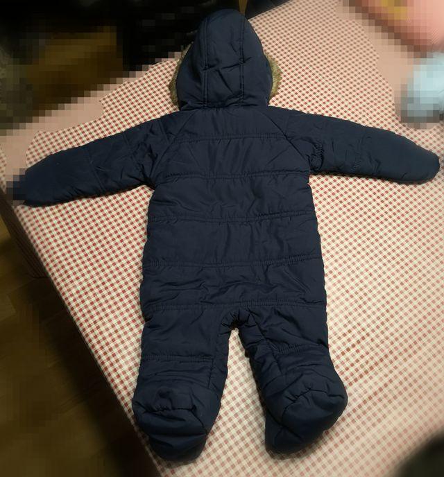 b07c8057a Buzo completo (abrigo) bebe talla 3-6 meses de segunda mano por 5 ...
