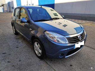Dacia Sandero 1.6 i 90 cv gasolina laureate