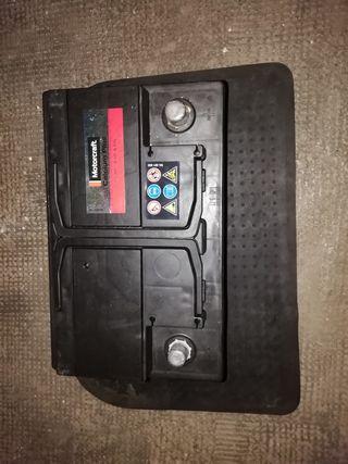 Bateria coche nueva