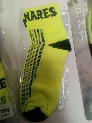 2 pares de calcetines