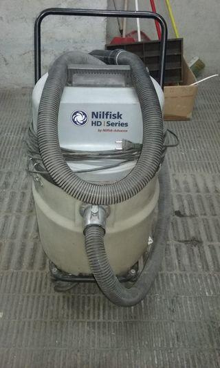 Aspiradora industrial Nilfisk