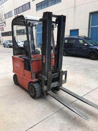 CARRETILLA FRONTAL BT 2000 kg