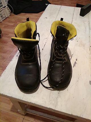 Botas seguridad Talla 45