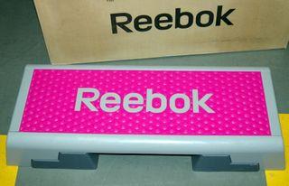 Material deportivo STEP de Reebok buen estado
