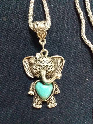 collar turquesa elefante