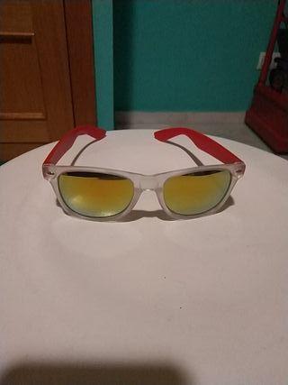 Gafas de sol unisex espejo amarillas. Sin usar