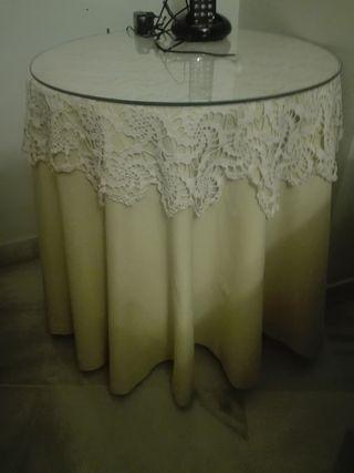 Mesa camilla pequeña 50 vestida con paño y cristal