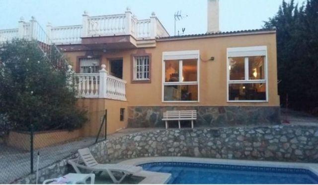 Casa en venta (Pinos de Alhaurín, Málaga)