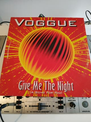 disco vinilo Voggue feat. DILARA Give me the night
