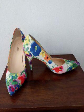 Zapatos tacón - GUESS