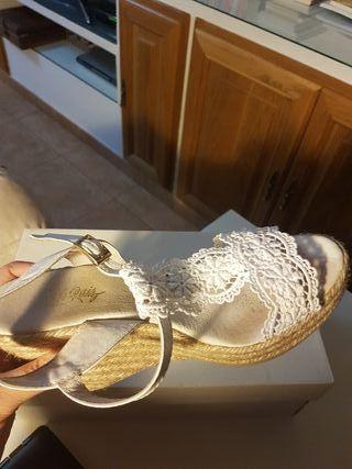 Zapato novia Charo Ruiz