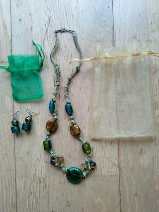Collar y pendientes vidrio artesanal de Italia
