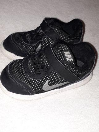 Por N° 23'5 Mano Segunda De Zapatos Bebé 5 Nike xwC0qngS