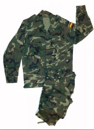 uniforme boscoso