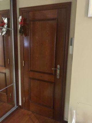 Puerta de entrada blindada