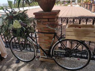 Alquiler de bicicleta antigua.