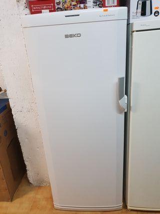 congelador vertical no frost A+