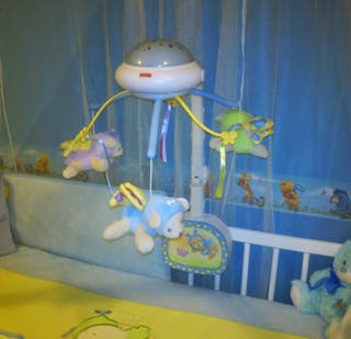 Proyector y carrusel Fisher price