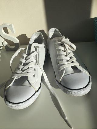 Zapatillas blancas Dunlop Nuev de segunda mano por 10 € en