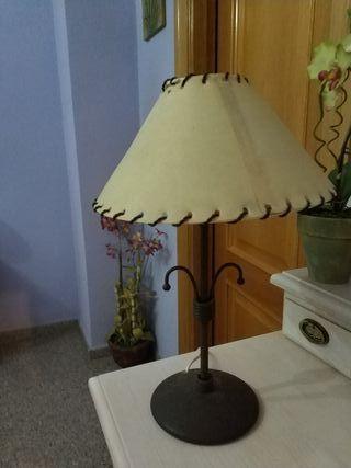 lampara de mesita