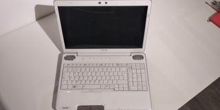 Portátil Toshiba A500.