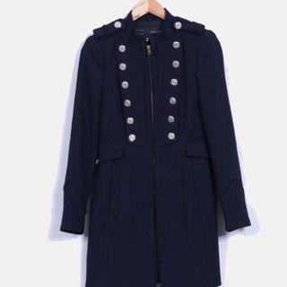Abrigo militar azul zara