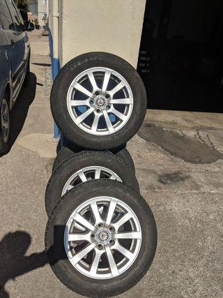 4Llantas + 4Ruedas para VW, Mercedes - bien estado