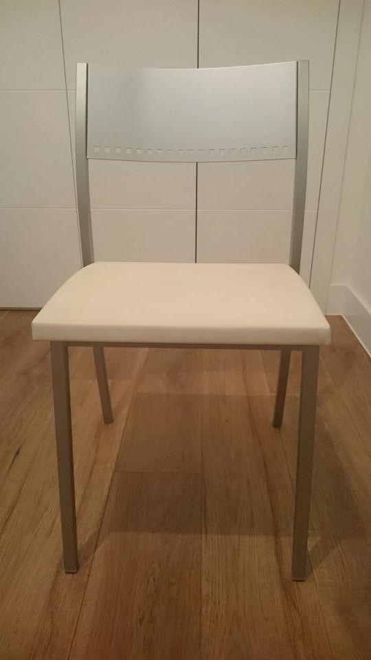 Lote de 2 sillas cocina diseño actual de segunda mano por 130 € en ...