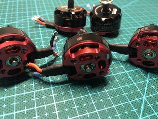 4+1 Motores Drone Emax Rs 2205 Culorojo 2300Kv
