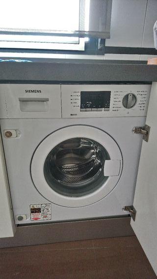 Lavadora integrada Siemens .7kg