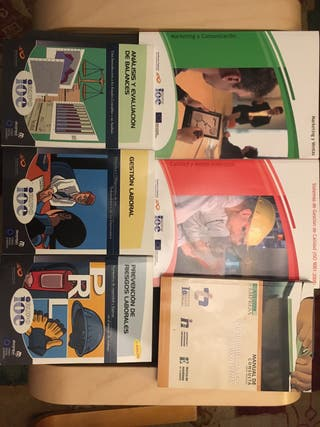 Lote de libros para un Administrativo