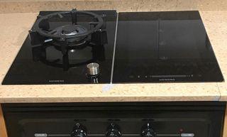 Conjunto encimera eléctrica y gas Siemens