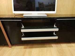 Mueble Tv lacado brillo Ikea
