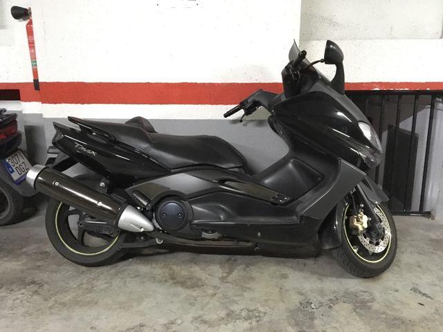 Moto Yamaha Tmax 500 cc 2008 inyección de segunda mano por