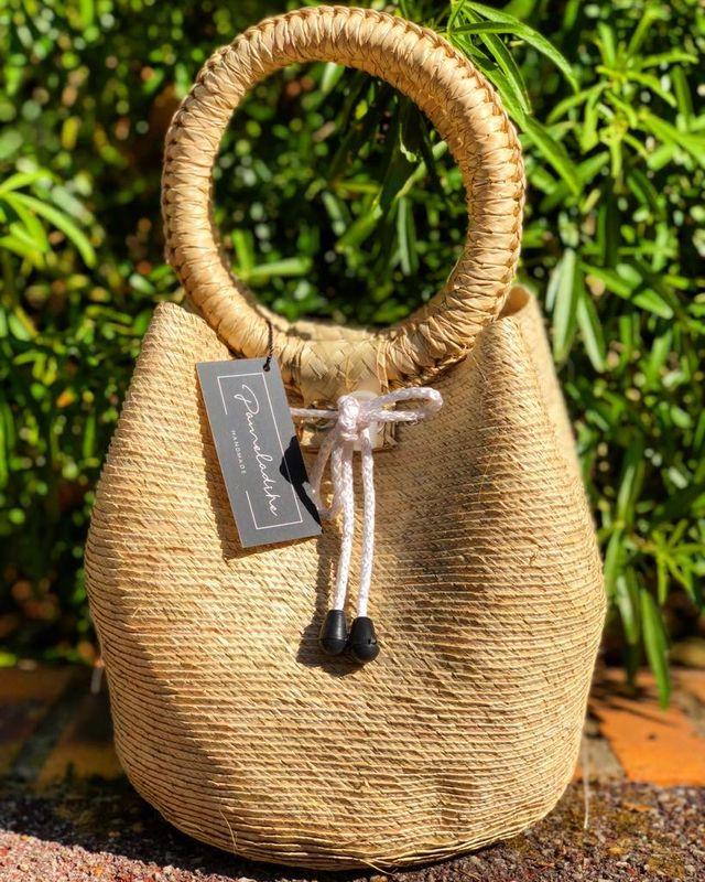 Bolsa globo artesanal mexicana.