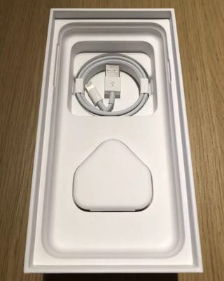 Iphone xs gold brand new!