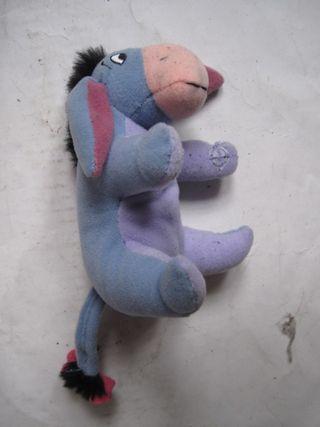 peluche winnie the pooh eeyeore mcdonalds 2002