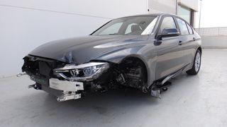 BMW 318d Businnes - Accidentado - 17.990 €