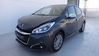 Peugeot 208 1.2 - Accidentado - 6.500 €