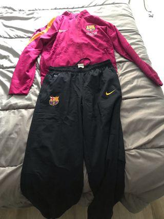 Chandal del FC Barcelona de segunda mano en WALLAPOP a00db727f91