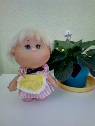Muñeca Delis Cebollita de Famosa