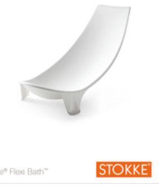 Bañera plegable con soporte a estrenar Stokke