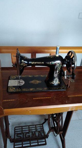 Maquina de coser antigua werhein