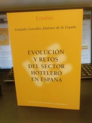 Evolución y retos del sector hotelero en España