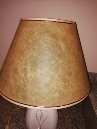 lámpara vintage mesita auxiliar