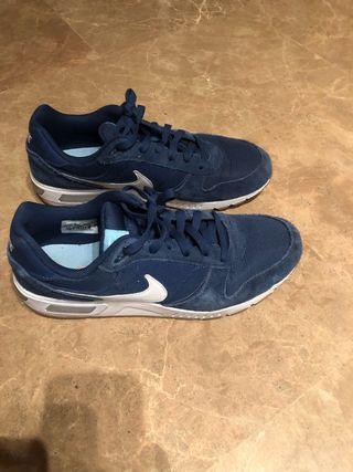 Nike Nightgazer - Azul Marino