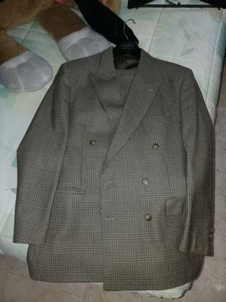 traje italiano hombre