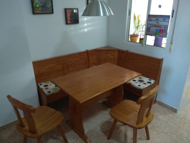 Rinconera y mesa cocina de segunda mano por 200 € en Cartagena en ...