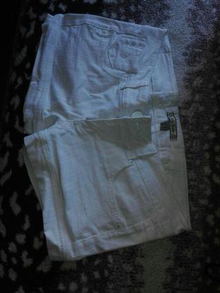 pantalon blanco corto