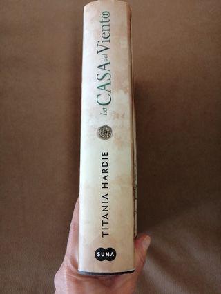 Libro : La casa del Viento. Titania Hardie